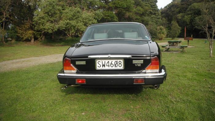 1985 Jaguar XJ12 Series 3 (SAJJDALW3CC429616) : Registry ...