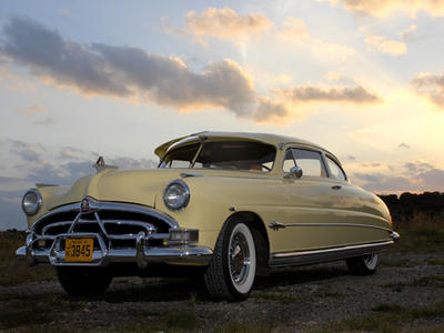 1951_Hudson_Hornet_Club_Coupe_Yellow_Cre